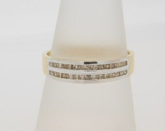 0.33 Carat T.W. Princess Cut Diamond Band 14K Yellow Gold Ring