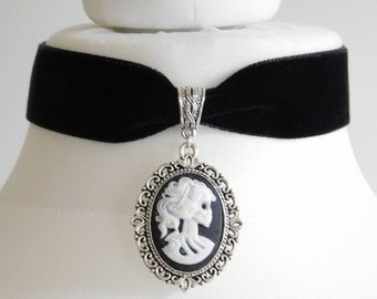 22mm Black Velvet Skull Bride Cameo Choker - Necklace Gothic - Halloween