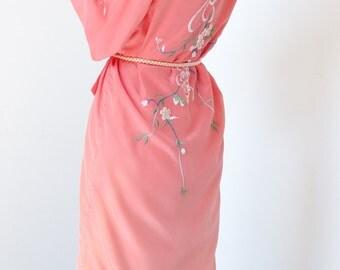 delphine vintage embroidered kimono dress / robe