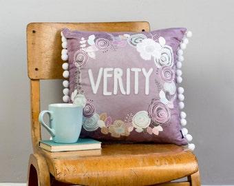 baby namen kissen etsy. Black Bedroom Furniture Sets. Home Design Ideas