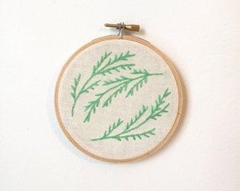 Botanical Embroidery Green Fern Leaves Vine 4 Inch Hoop