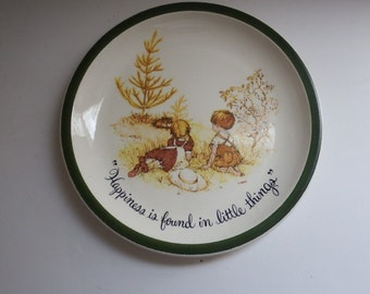 holly hobbie plate - holly hobbie - collectible plates -  vintage dolls - made in usa
