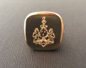 Crest ring, Square signet ring, Crest signet rings, Pinky ring, mens signet ring, crest engraved ring, Personalized Ring, family crest ring