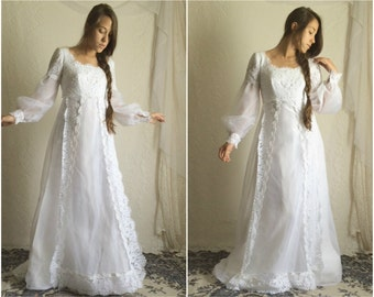 60s Empire Waist Bridal Gown // Vintage Wedding Dress Peasant Sleeves Long Sleeves White Dress // Size: S