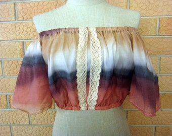 Pink tie-dye off the shoulder cotton festival crop with lace detail