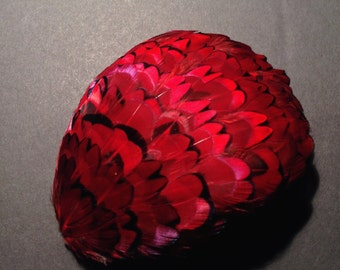 Vintage Millinery Tiled Feather Pad - Cardinal