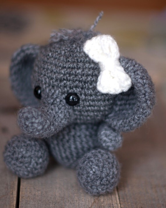 Free Crochet Patterns For Animals Easy : PATTERN: Crochet elephant pattern amigurumi elephant pattern