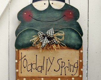 Frog Yard Sign Decor Outdoor Wood Lawn Art