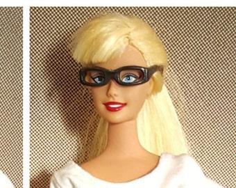 Barbie Glasses, Nerdy Barbie, Geekery, Fashion Doll, Doll Accessories, Geek Life, Barbie Accessories, Ken Accessories, Glasses for Barbie