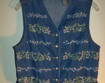 Vintage embroidered flower jean vest// 90's Liz Wear denim bohemian hipster western// Women's size small