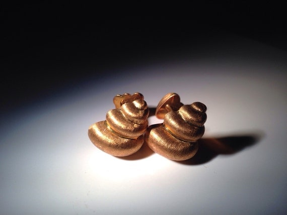 18K Gold Midcentury Seashell Cufflinks 750 Greek