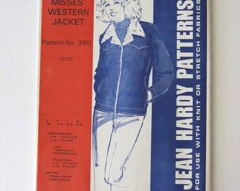 1970s Misses Western Jacket Pattern Jean Hardy 380 Leather Suede Woven Winter Outerwear Sewing Pattern Fleece Lined Size S-M-L-XL 6-20 UNCUT