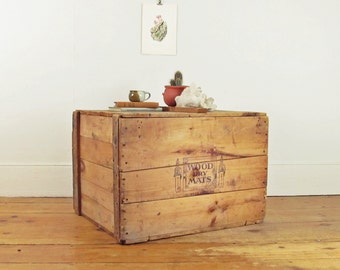 industrial coffee table, trunk coffee table, rustic coffee table, crate coffee table, wood shipping crate, storage trunk, letterpress crate