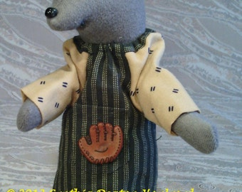 "CDH ""Three Blind Mice..."" 8"" Baby Boy Mouse Doll With Baseball Glove #26"