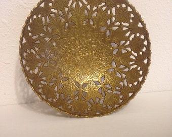 Vintage Brass Dish, Vintage Filigree Dish, Filigree Metal Decor, Vintage Dresser Dish, Brass Bowl, Brass Dish