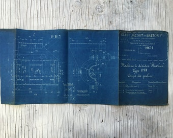 French industrial engineering blueprint, No. 2031, 1930s. Wonderful dark teal colour. Size: 38 x 11.5 inches, 665 x 290 mm. Unusual gift.