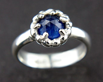 SALE 50% OFF Rose Cut Blue Sapphire Ring Sterling Silver Rose Cut Natural Sapphire Ring Size 5,5-6 Prong Set Sapphire