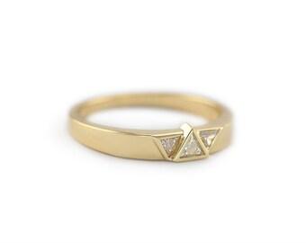Three Diamond Ring, Yellow Gold Wedding Ring With Three Diamonds, Trillion Wedding Band, Trillion Wedding Ring, 18k Gold