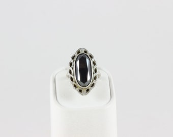 Sterling Silver Hematite Ring size 5 1/4