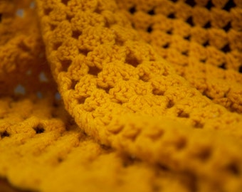 Mustard Goldenrod Yellow Crochet Blanket / Knit / Vintage / 34-36 inch / Sitting Chair Lap Blanket / Square Knit Blanket