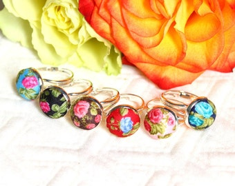 Flowers-flowers with colorful cloth cabochon rings