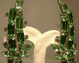 Lime Green Shooting Star Rhinestones Earrings 1950s