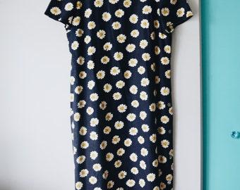 90s daisy print maxi dress, size M/L