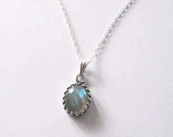 Labradorite Gemstone Oval Pendant Necklace Crown Set Filigree, Iridescent Blue Green Flash, Sterling Chain