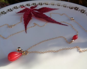 Long gold chain, 585 gold filled with coral pendant
