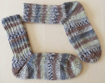 hand-knitted socks, Gr. 40/41 (EU), brown grey with green