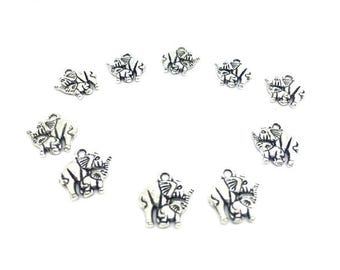 30 Elephant and calf 15mm charms