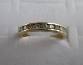 14k Yellow Gold Diamond Wedding Band Ring 2.5 Grams Size 6.25 - 6.5