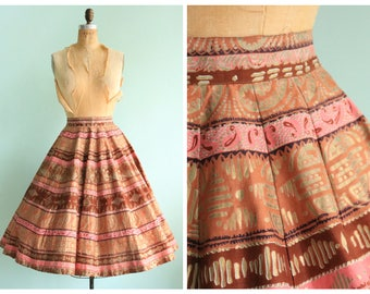 Vintage 1950's Pink and Gold Circle Skirt   Size Small