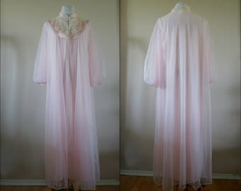 Movie Star Vintage Soft Pink Chiffon Peignoir Set Robe & Nightgown Full Length Lace Trimmed Size Large BT-534