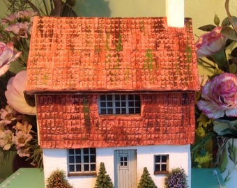 1/48 scale, dolls house, pan tiled, cottage