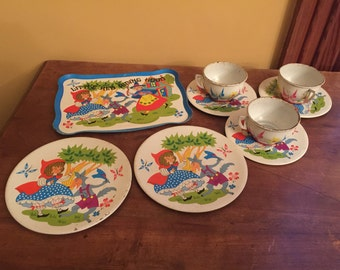 Vintage Little Red Riding Hood Tin Tea Set/Vintage Tea Party Set