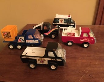 Vintage Buddy L Toy Truck Collection/Vintage Metal Trucks