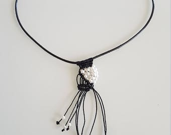 Pendant MACRAME leather and pearls/Macrame Necklace