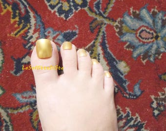golden toe fake nails gold false nails square tips toenails feet foot pedicure press on beach wedding flip flop feet square lasoffittadiste