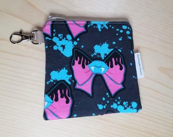Vampire teeth Coin purse - Vampire Lips - Bows - Gothic - Blood splatter - Keychain bag - Gifts under 10 - Halloween - Horror - Creepy