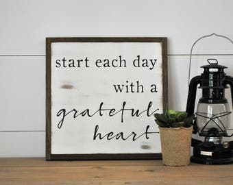 GRATEFUL HEART 1'X1' sign | distressed wooden sign | farmhouse decor | start each day with a grateful heart
