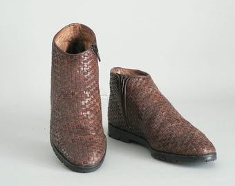 Women Size 7 Woven Leather Ankle Boots Italian Made
