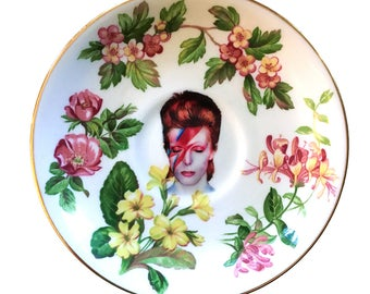 Vintage - Illustrated - David Bowie  - Wall Display - Altered Plate - Saucer - Antique - Upcycled - Art