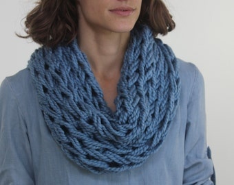 Large Cowl Scarf / Seastorm / Arm Knitted