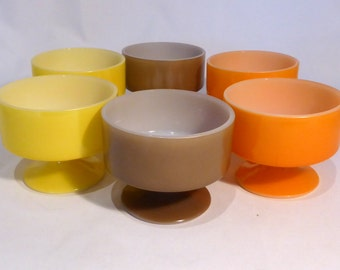 6 Federal milk glass dessert dishes – original from the 1960s