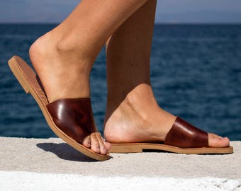 Leather Sandals - Flip flop sandals -  Waxed Brown Leather Sandals - Ancient Greek Handmade Leather Sandals, Leather slides
