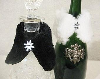 Wine Bottle Covers, Wine Bottle Wraps, Faux Fur Wine Bottle Wraps, Holiday Hostess Gift, Wine Bottle Cozy, Wine Bottle Decor