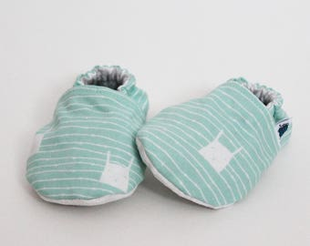Baby crib shoes, Slippers, Bunnies, Mint, Custom made, Flannel, Cotton, Soft soles Moccassins, Toddler, Shower gift idea, Newborn, Cozy Kid