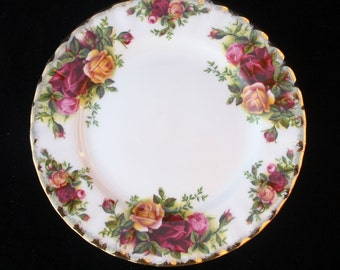 Royal Albert Old Country Roses Tea Plate | 6.25 inches | Excellent | Eight available