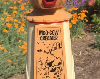 Vintage Moo Cow Creamer Whirley Industries 1971 plastic creamer happy cow